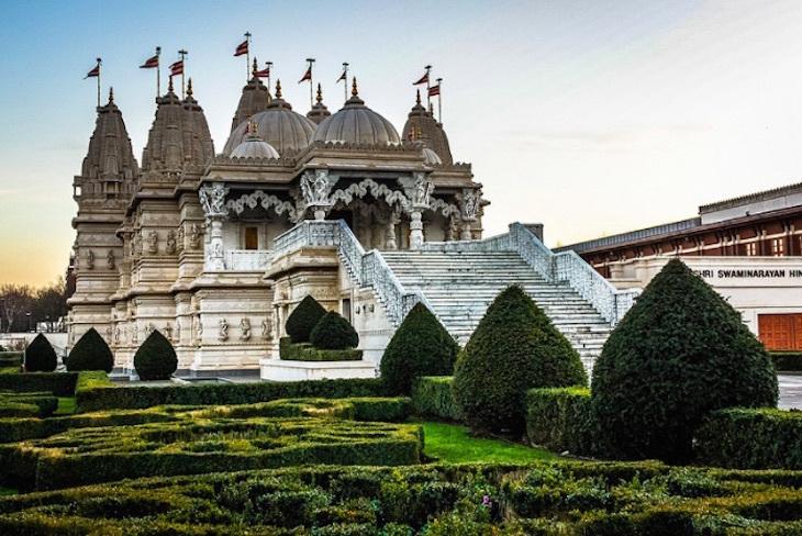 shree-swaminarayan-temple-neasden-1